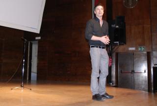 Antolín Romero, presentador del programa 'Aquí hay trabajo' de TVE, condujo la gala.
